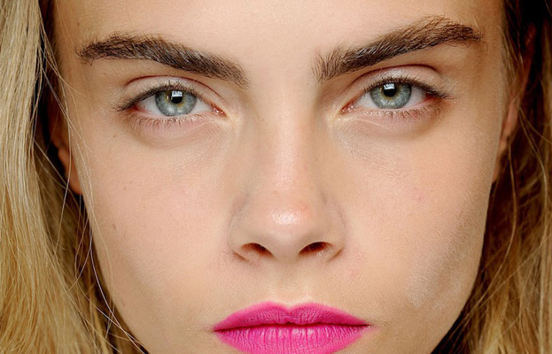 cara_delevingne-eyebrows-zikoko