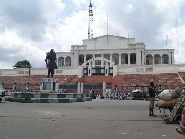 Abundance of historic monuments and tourist sites.