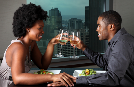 black-couple-on-date2-556x360