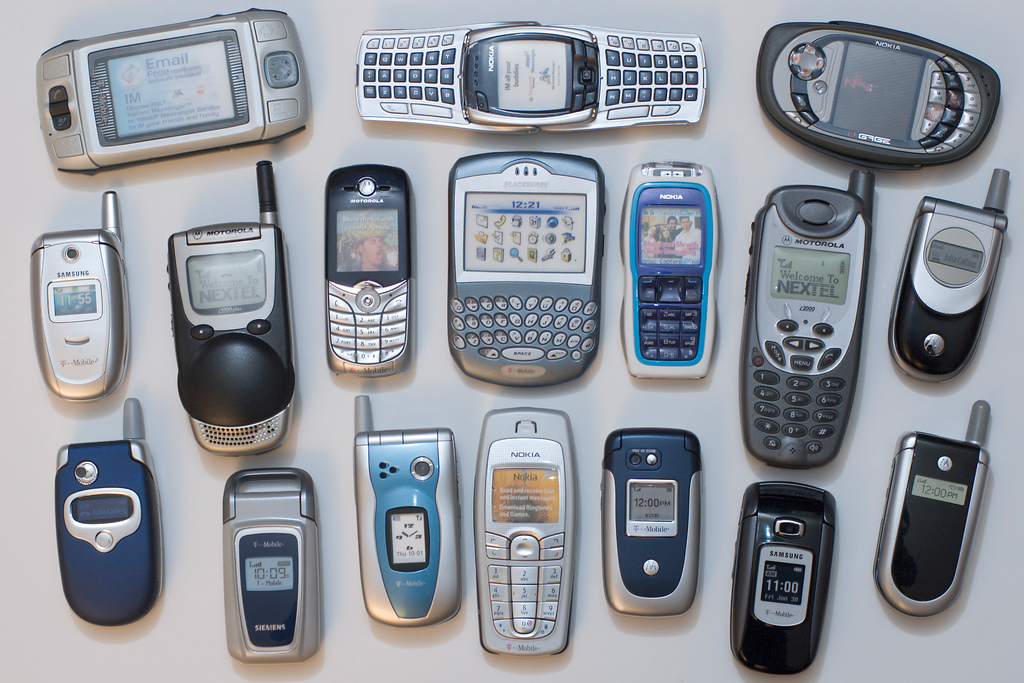 old-cell-phones