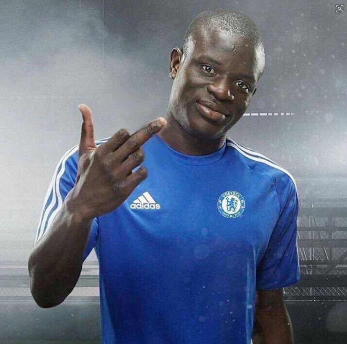 Kante Middle finger
