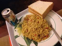 indomie and bread weird food combinations that Nigerians love