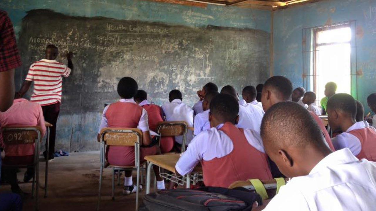 secondary school teachers | Zikoko!