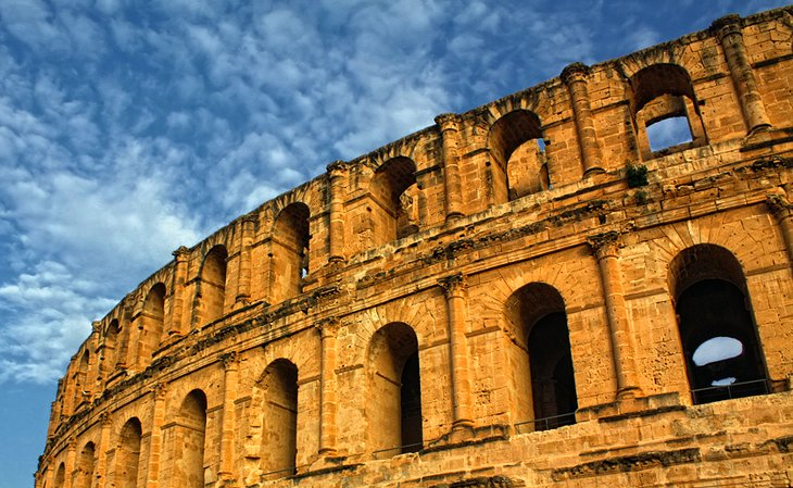 Where is the El Djem Amphitheater?