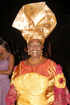 This gele didn't come to play with anybody.